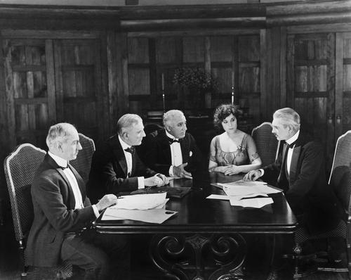 Starz Board of Directors meet secretly with Kristin Dos Santos.